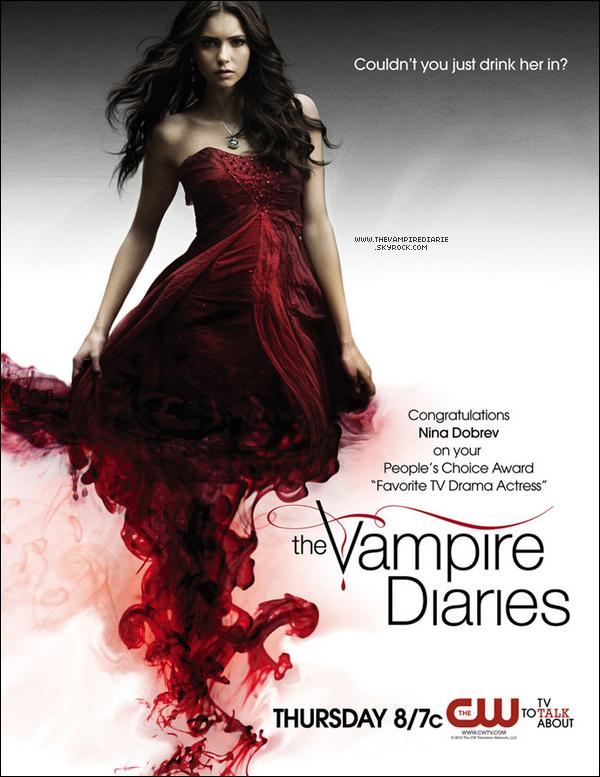 NEWS | Nouvelle photo promotionnelle pour la saison 3, Nina ayant obtenu un prix au People's Choice Awards.