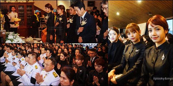. 26/10/2017: Belle Lisa et Sorn du groupe CLC étaient présente au « Royal Thai Embassy », à Seoul, en Corée.Lisa retrouve enfin sa copine d'enfance, Sorn, à l'ambassade thaïlandaise en Corée. Étant sans make-up, elle reste toujours aussi belle.  .