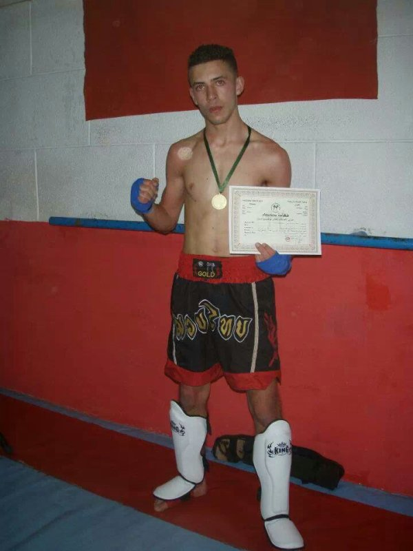 "Winner in 2 combat "" tai boxing """