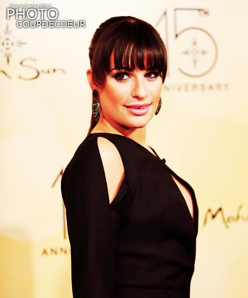 EVENEMENT:Lea été hier au 15ème anniversaire de Mohegan Sun.Jolie TOP pour Lea,j'aime beaucoup sa tenue sauf les épaules.