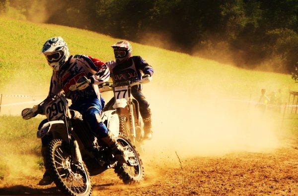 Celui qui aimé la moto numer too !