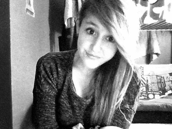Si tu n'est pas la pendants mes pleurs ne soit pas la pour mon sourire.