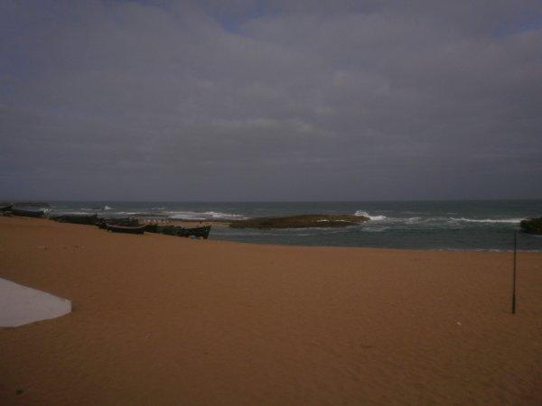La cote atlantique à walidiya,en fait c'est une baie riche en faune(animaux et oiseaux marins)