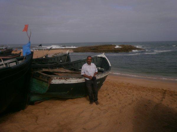 Moi même  Sur la même cote walidya .J'aime la mer ou' l'on sent la quiétude et le bien-etre...