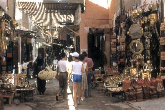 """Souk """"semarine """"à l'ancienne médina de marrakech"""