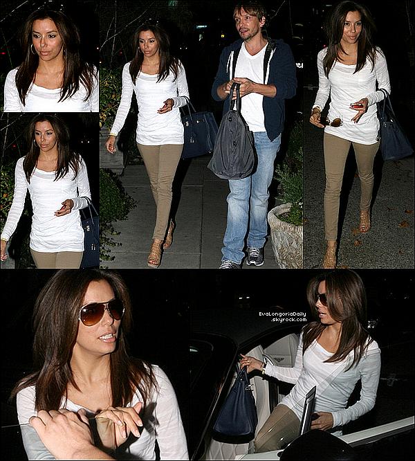 💇 Eva a été vue quittant le Ken Paves Salon.  15 Janvier 2o11, Beverly Hills - Etats-Unis. Tenue: Eva porte un Sac Hermes à 18500¤.