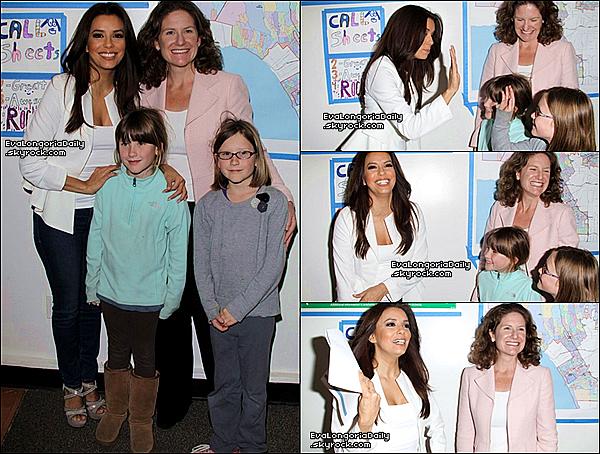 • 2o Février 2o13 •  - Los Angeles, Etats-Unis. 🎒 Eva est rendre visite à des enfants dans une « Ecole ».  Tenue: Veste Naven Bardot à 23o¤ & Jeans Henry&Belle à 15o¤.