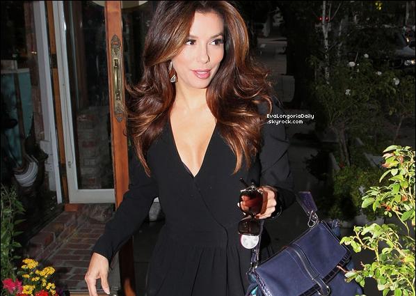 • o5 Novembre 2o11 •  - Los Angeles, Etats-Unis. ⭐ Eva est allée à la « Babyshower » de Roselyn Sanchez.