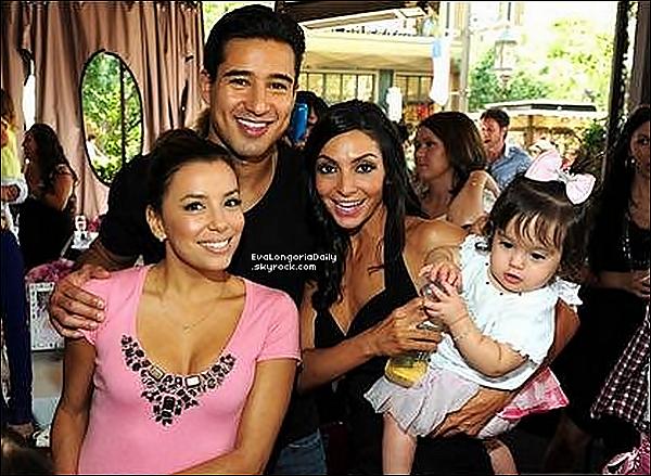 • 17 Septembre 2o11 •  - San Antonio, Etats-Unis. ⭐ Eva est allée au « Gala Morgan's Wonderland » avec ses soeurs Emily & Liza.