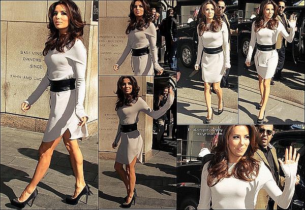 • 16 Avril 2o12 •  - Beverly Hills, Etats-Unis. 🎂 Le soir, Eva est allée dîner au « Bouchon Bistro » pour l'anniversaire de Victoria Beckham. Tenue: Escarpins Sergio Rossi 53o¤.