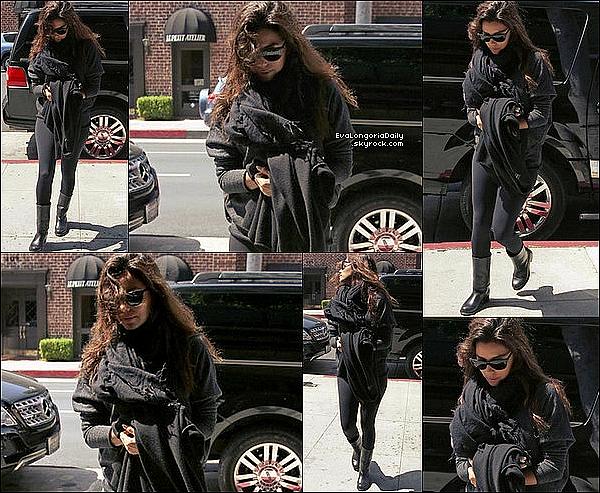 • 18 Avril 2o13 •  - New-York, Etats-Unis. ⭐ Eva est allée au « 2013 Tribeca Film Festival » qui avait lieu au « Tribeca Grill Loft ».  Tenue: Escarpins Brian Atwood à 6oo¤.