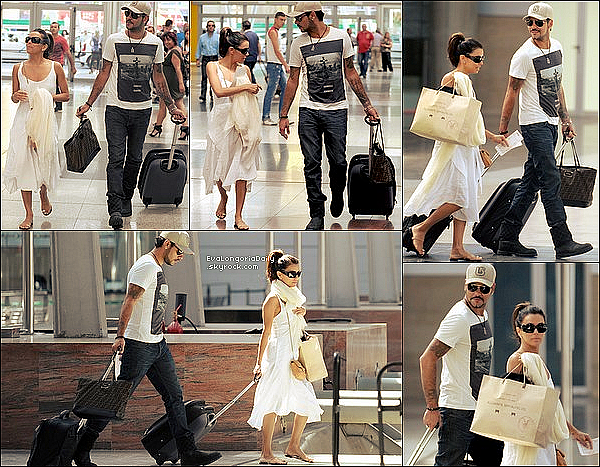• 23 Mai 2o12 •  - Marbella, Espagne. ⭐ Eva & Maria ont données une Conférence lors du « Globla Gift Gala 2012 ».  Tenue: Sandales Christian Louboutin.