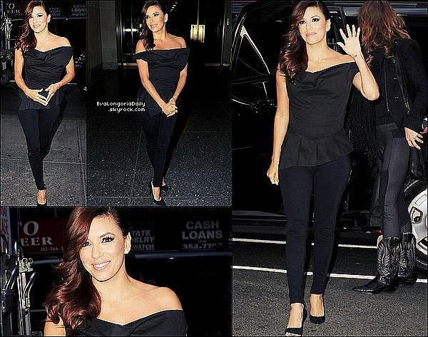 • o8 Avril 2o13 •  - New-York, Etats-Unis. ✈️ Enfin Eva a été vue arrivant au « JFK Airport ».  Tenue: Lunettes Chanel à 33o¤.