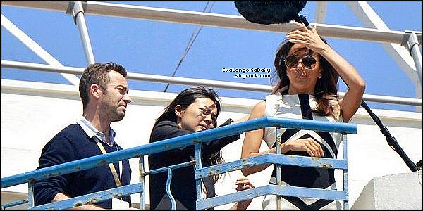 • 16 Mai 2o12 •  - Cannes, France. 🎥 Puis, Eva a été vue sur le toit de son hôtel pour un « Photoshoot ».  Tenue: Lunettes Ray-Ban à 15o¤ & Robe Antonio Berardi.