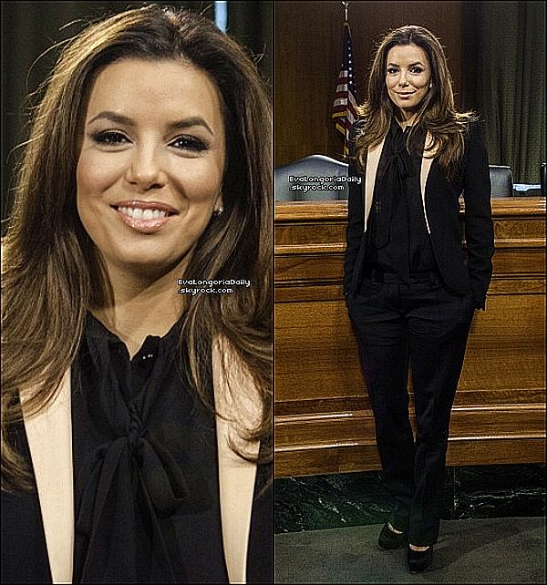• o9 Mai 2o13 •  - New-York, Etats-Unis. 📺 Eva était en duplex pour l'émission « NotiMujer ».