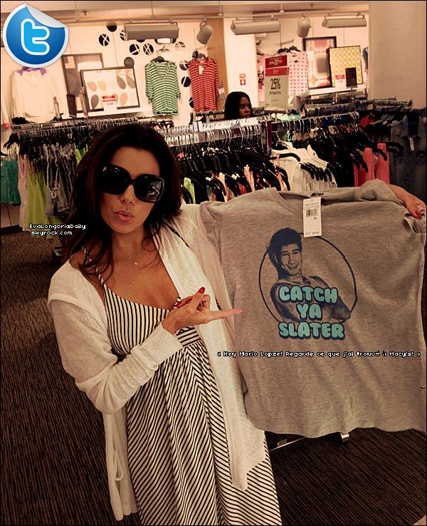 🏬 Eva a posté une photo d'elle faisant du Shoppingy.  27 Juin 2013. Chicago - Etats-Unis.
