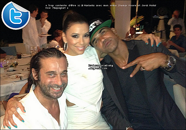 • o3 Août 2o13 •  - Marbella, Espagne. ⭐ Le soir, Eva & Ernesto sont allés au « Starlite Gala ».  Tenue: Robe David Koma à 168o¤ & Escarpins Casadei à 57o¤.