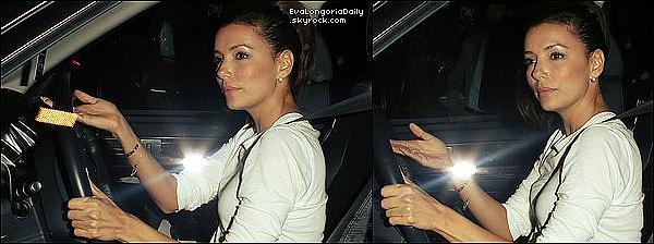 • o8 Août 2o13 •  - West Holywood, Etats-Unis. 🍴 Eva est allée dîner au « Chateau Marmont Restaurant ».
