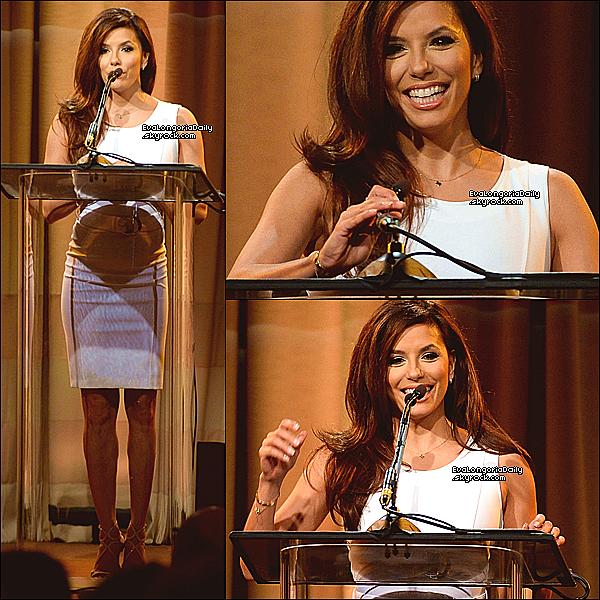 ✴️ Eva est allée au Telemundo's Premios qui avait lieu au American Airlines Arena.  14 Août 2013. Miami - Etats-Unis. Tenue: Eva porte une Robe Emilio Pucci & des Escarpins Christian Louboutin à 670¤.