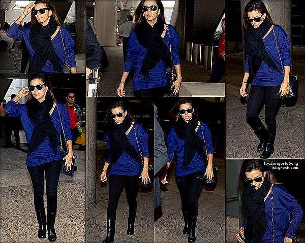 • 3o Novembre 2o13 •  - Antara, Mexique. 🛍️ Eva est allée « Faire du Shopping » dans un magasin MAC.