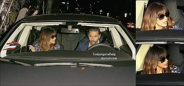 • 18 Février 2o14 •  - Hollywood, Etats-Unis. 💅 Eva est allée dans un « Salon de Beauté ».  Tenue: Lunettes Ray-Ban à 15o¤.