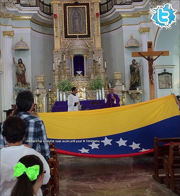 ⛪ Eva est allée à la messe & a prié pour le Venezuela.  09 Mars 2014. Mexique.