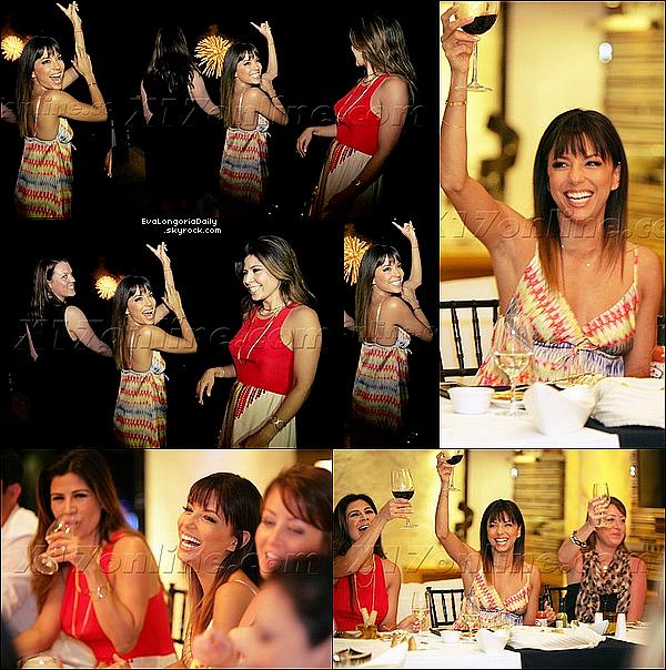 🎤 Eva & Marcia Cross sont allées soutenir Marianne Williamson lors d'un Congrès. 07 Avril 2014, Los Angeles, Etats-Unis. Tenue: Eva porte une Ceinture Hermes à 840¤.