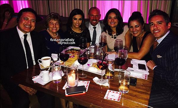 • o9 Octobre 2o14 •  - Hollywood, Etats-Unis. ⭐ Le soir, Eva est allée au « Beso Restaurant » pour le « Eva Longoria Foundation Dinner ».  Tenue: Robe Zuhair Murad & Escarpins Christian Louboutin.
