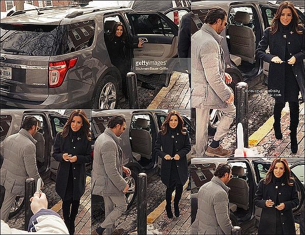✈ Eva a été vue dans un avion avec un fan. 22 Février 2015. Boston, États-Unis.