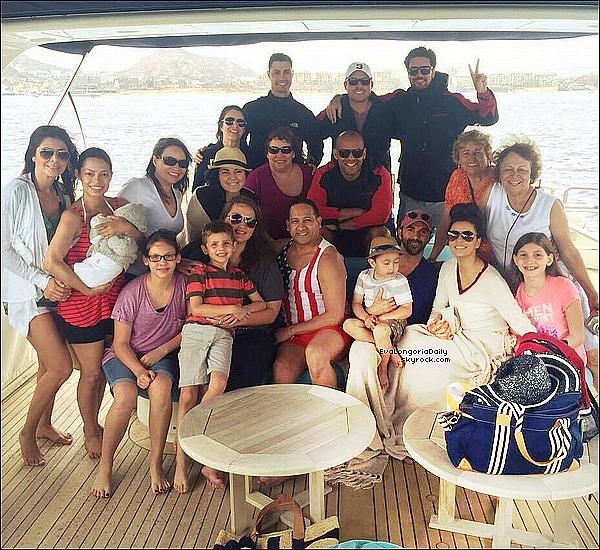 🌴 Eva a posté une photo d'elle & Amaury Nolasco en vacances.  1o Mars 2015. Cabo San Lucas, Mexique.