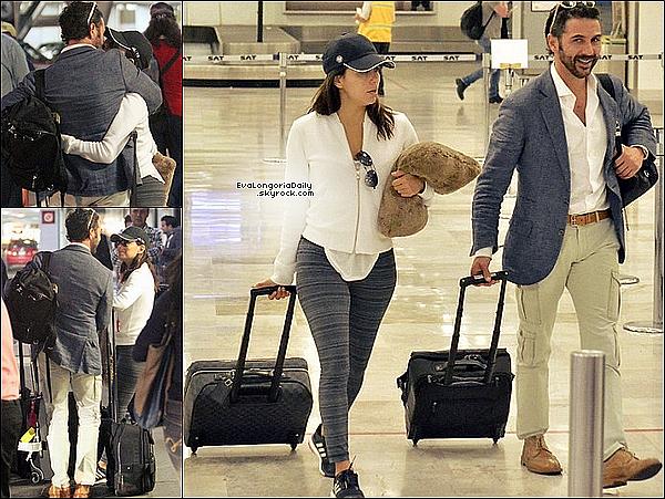 • 26 Mai 2o15 •  - Paris, France. ✈️ Eva & Pepe ont été vus à « l'Aéroport Paris-Charles de Gaulles ». Tenue: Casquette Adidas & Baskets Adidas à 95¤.