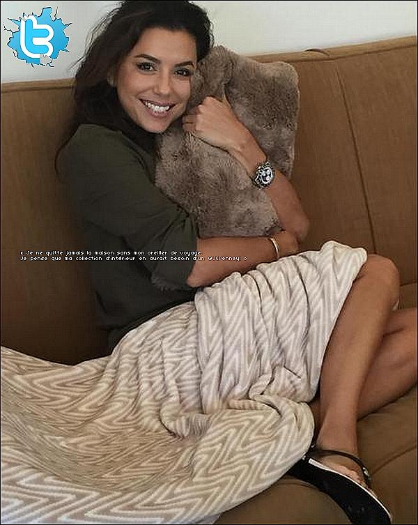 🚶 Eva & Pepe ont été vus dans les Rues de Westwood.  14 Août 2015. Westwood, États-Unis.Tenue: Eva porte une Robe Diane Von Furstenberg, un Sac Chloe à 1365¤ & des Sandales Chanel.
