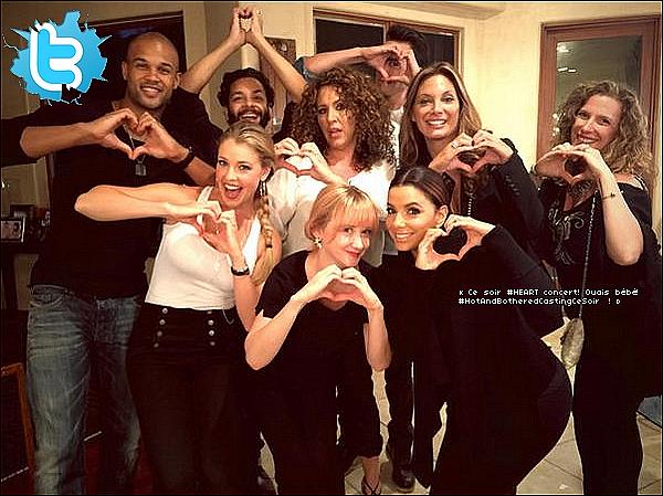 🎵 Le soir, Eva & ses amis de Hot&Bothered sont allés au Concert de  Heart & Liv Warfield qui avait lieu au Hollywood Bowl.  22 Août 2015. Los Angeles, États-Unis.