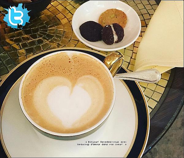 • 28 Mars 2o16 •  - West Hollywood, Etats-Unis. ☕ Eva est allée prendre son petit déjeuner au « Chateau Marmont Restaurant ».