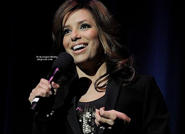 • o4 Février 2o1o •  - Los Angeles, Etats-Unis. ⭐ Eva est allée au « Nokia Theater » pour le « Help Haiti Gala ».