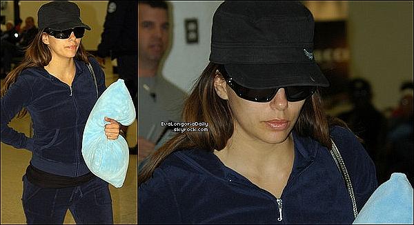 • 18 Octobre 2oo9 •  - Miami, Etats-Unis. ✈️️ Eva a été vue au « Miami Airport ».