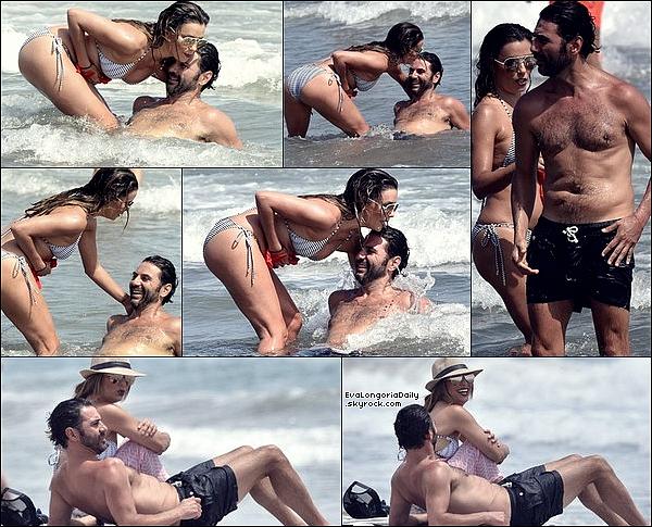 • 18 Juillet 2o17 •  - Marbella, Espagne. 🌴 Eva & Pepe ont été vus « Faisant du Vélo » & « Jouant au Volley-Ball ». Tenue: Lunettes Christian Dior à 435¤ & Bikini Melissa Odabash à 16o¤.