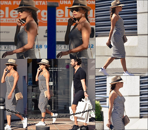 • 21 Juillet 2o17 •  - Ibiza, Espagne. ⭐ Le soir, Eva est allée au « Global Gift Gala » qui avait lieu au « STK Restaurant ». Tenue: Escarpins Casadei à 62o¤.