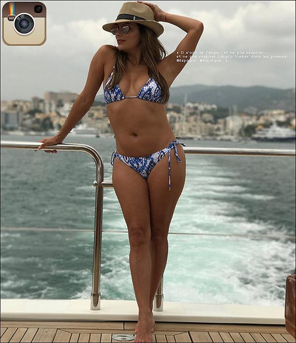 ✴️ Le soir Eva est allée au Gpro Valparaiso Hotel pour un Cocktail de Charité.  23 Juillet 2o17. Palma de Majorque - Espagne. Tenue: Eva porte un Chapeau Melissa Odabash à 125¤, un Bikini Melissa Odabash à 215¤ & des Tongs Yosi Samra à 45¤.