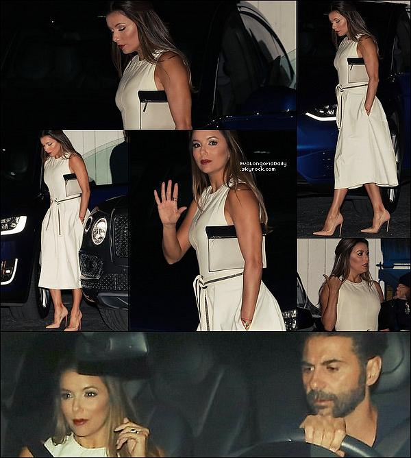 🍴 Le soir, Eva & Pepe ont rejoint le couple Beckham pour dîner à Giorgio Baldi Restaurant.  29 Juillet 2o17. Santa Monica - Etats-Unis. Tenue: Eva porte une Pochette Victoria Beckham & des Escarpins Christian Louboutin à 570¤.