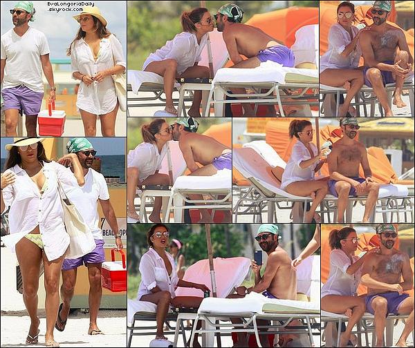 • o6 Août 2o17 •  - Miami, Etats-Unis. 🌴 Eva & Pepe ont été vus à la « Plage » puis ils sont allés « Faire du Vélo ». Tenue: Lunettes Christian Dior à 43o¤.