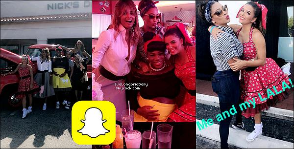 🌴 Eva & Pepe ont été vus sur une Plage et ont aussi Fait du Vélo.  o6 Août 2o17. Miami - Etats-Unis. Tenue: Eva porte des Lunettes Christian Dior à 430¤.