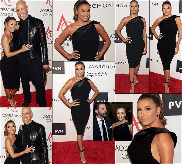 • o9 Août 2o17 •  - Los Angeles, Etats-Unis. ✈️ Plus tard, Eva est arrivé à « LAX Airport ». Tenue: Lunettes Victoria Beckham & Baskets Adidas à 95¤.