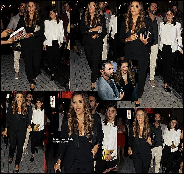 ✴️ Eva & Pepe sont allés au Hamilton Opening Night qui avait lieu au Pantages Theatre.  16 Août 2o17. Los Angeles - Etats-Unis. Tenue: Eva porte une Pochette Victoria Beckham.