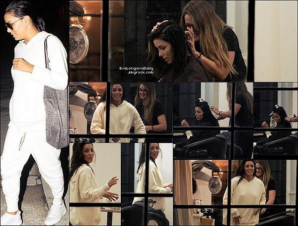 • 25 Septembre 2o17 •  - Beverly Hills, Etats-Unis. 🚶 Eva a été vue dans les « Rues de Beverly Hills ». Tenue: Robe Rag&Bone à 375¤.