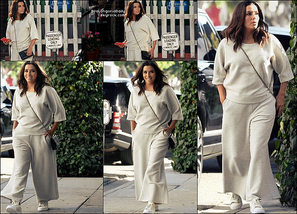 ✴️ Eva est allée au Samuel Goldwyn Theater pour The 2017 Careers In Film Summit.  14 Octobre 2o17. Beverly Hills - Etats-Unis. Tenue: Eva porte un Pantalon Eva Longoria Collection à 210¤.