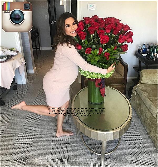 • 19 Mars 2o18 •  - Miami, Etats-Unis. 🎥 Eva a été vue sur le « Tournage de Grand Hotel ». Tenue: Baskets Adidas à 155¤.