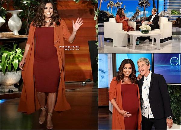 • o9 Avril 2o18 •  - Los Angeles, Etats-Unis. 📺 Eva était sur le plateau de l'émission « The Ellen Degeneres Show ». Tenue: Robe Naked Wardrobe à 3o¤ & Escarpins Manolo Blahnik à 64o¤.