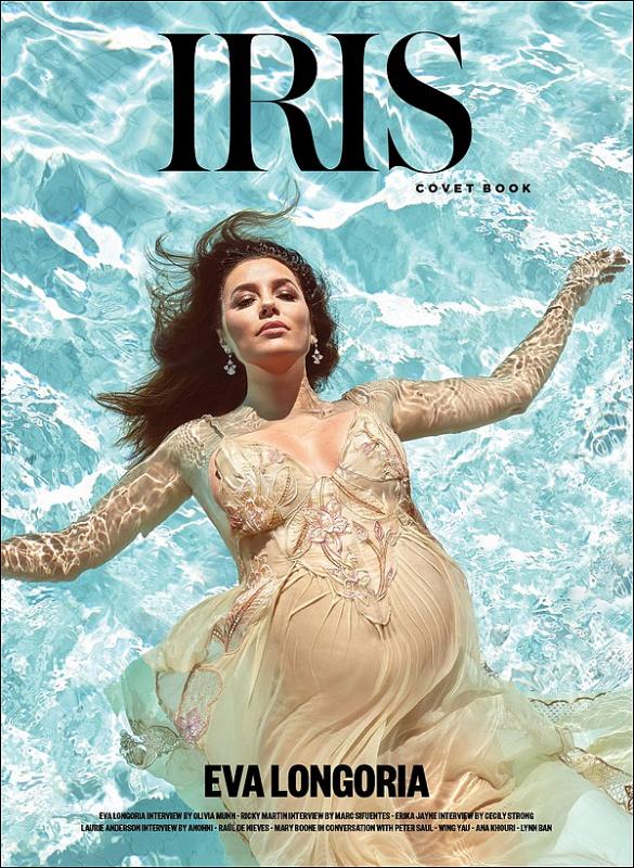 • Mai 2o18 •  - Etats-Unis. 📷 Eva fait la Couverture de « Iris Covet Book ».