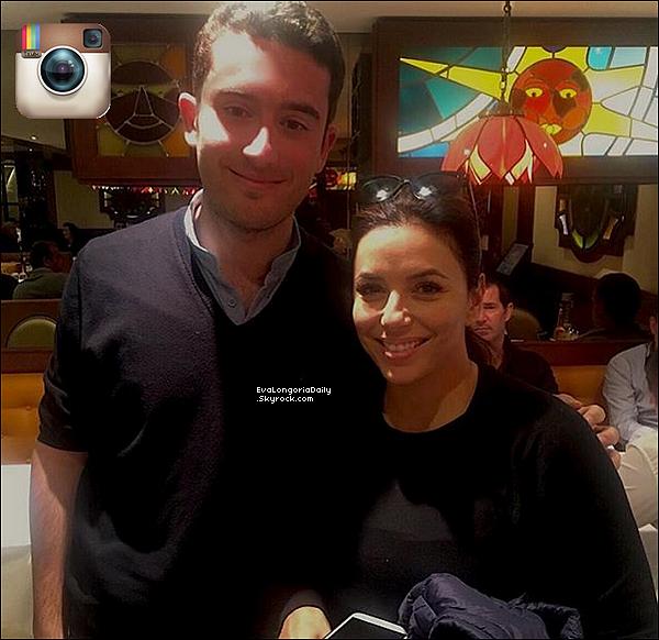 📷 Eva fait la Couverture de FabFitFun Magazine.   Mai 2o19. Royaume-Uni. Tenue: Eva porte une Robe Michelle Maison à 645¤.